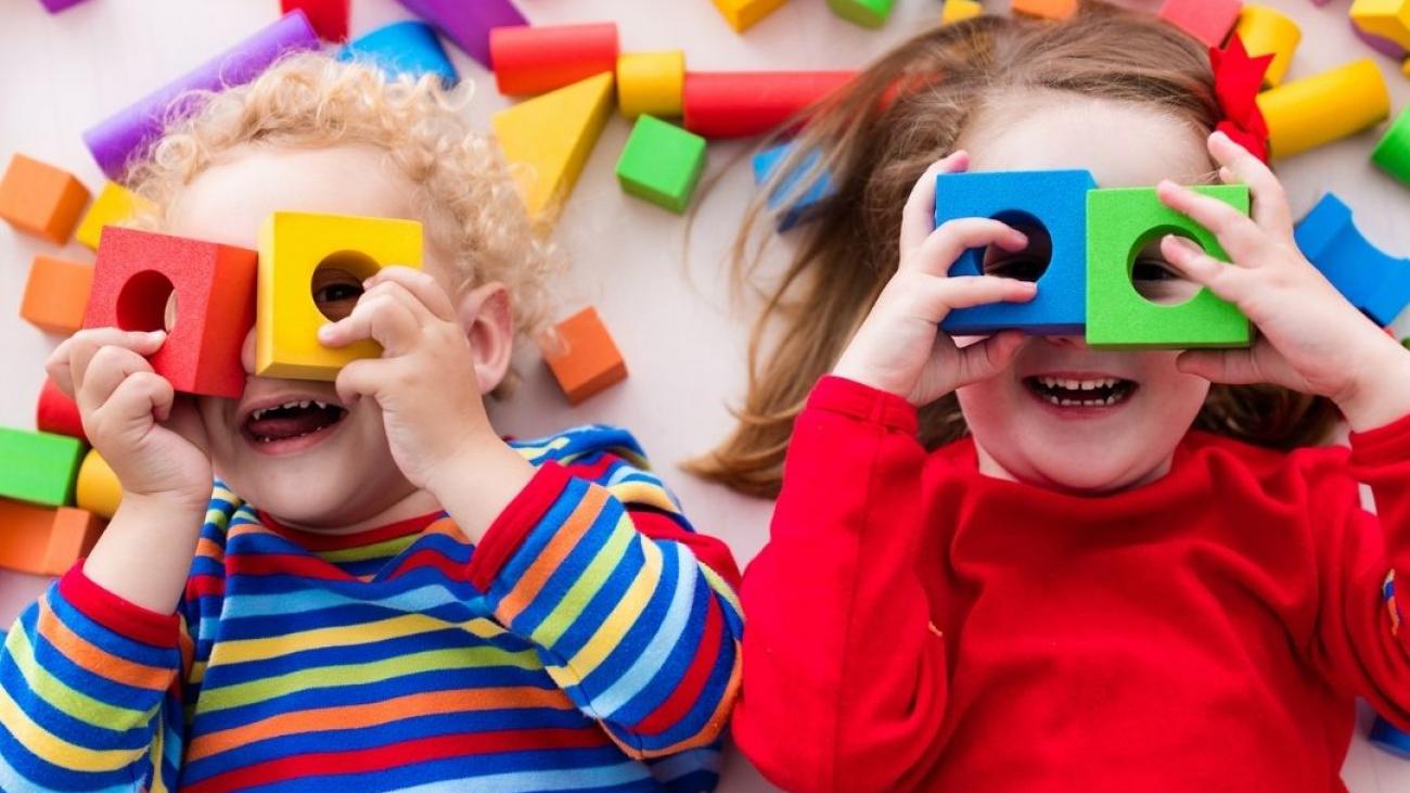 Children with building blocks